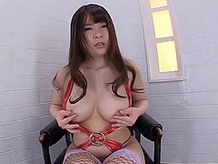 Fishnet clad Satomi Nagase fingers her..