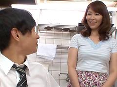 Chubby Japanese mom Chisato Shohda..