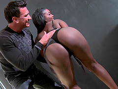 Appreciative ebony with black butt in..