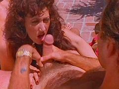 Icy hot bimbo with fake tits gets..