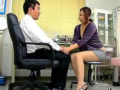 Beautiful Japanese bimbo in miniskirt..