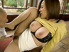 Lecherous Japanese milf with a hairy..