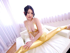 Flexible Japanese babe with big tits..