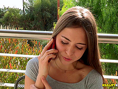 Riley Reid and Kenna James have erotic..