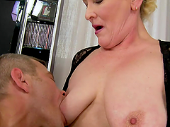 Randy Mature Vixen Molly Maria Playing..