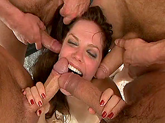 Bobbi Starr craves being used like a..