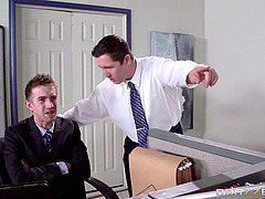 Slut in the office serviced by huge..