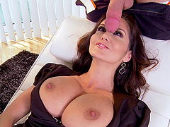 Massive tits milf gets her shaved..