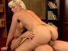 Blonde sweet ass babe gets fucked real..
