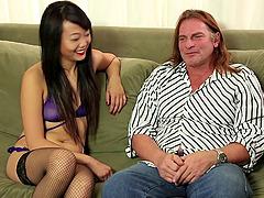 His huge balls get sexy sucking..
