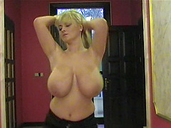 Solo scene with blond mom Bea Flora..