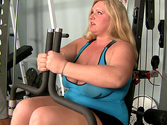 Veronica Vaughn BBW getting her chunky..