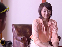 Bored Japanese wife fucks another guy..