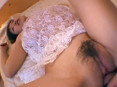 Japanese amateur gets her hairy pussy..