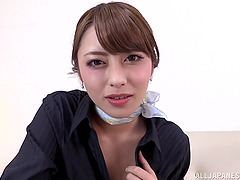 Alluring Japanese vixen with small..