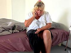 BBW granny enjoys a steamy pussy..