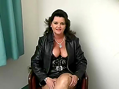 Chubby milf amateur is in a hotel room..