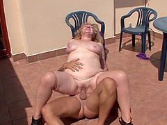 Fat mature woman gets fucked..