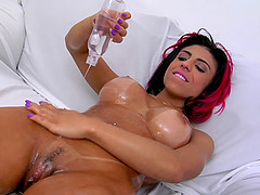 Fake tits hottie Laysa sucking and..