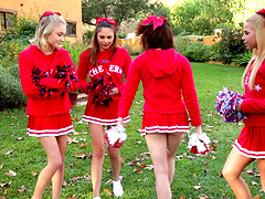Four foxy cheerleader friends have a..