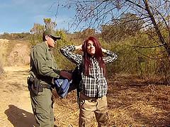 Border patrol officer fucks a sexy..