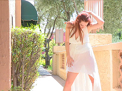 Reality outdoors solo clip with..