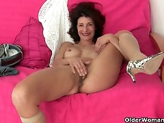 Granny loves masturbating outside the..