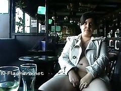 Amateur bbw Kinx upskirt masturbation