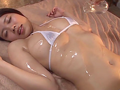 Gorgeous girl from Japan gets massaged..