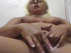 Mature BBW with long hair fingering..