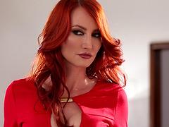 Lesbian milf redhead spanks a..