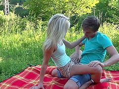 Teen blonde is all over her boyfriend..