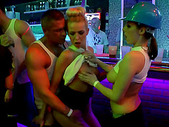 Male strippers lay the meat to some..