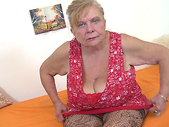 BBW granny fucking pussy and fondling..