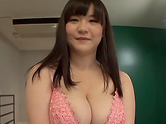Beautiful Japanese chick uses her..