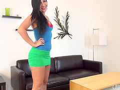 During her first cam show she reams..