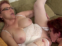 Woman gallops cum from the hard cock..