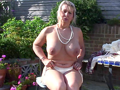 Mature senorita goes totally naked and..