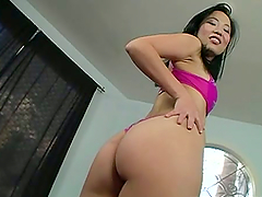 Hot Sex With The Asian Babe Niya Yu