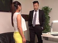 Ravishing fuck at the office along Yu..