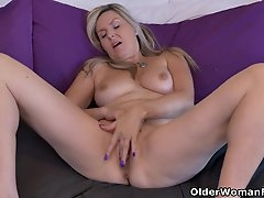 Canadian milfs Bianca and Velvet are..