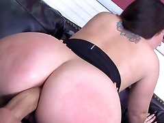 Big booty Lola Foxx tries cock at work..