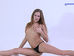 Long hair Flexible solo model pose..