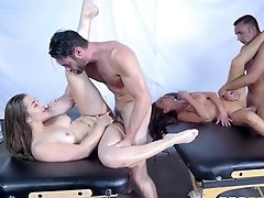 Double massage ti end in foursome..