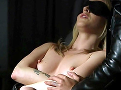 Kinky BDSM games for a woman who likes..
