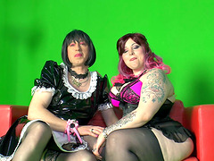 Monik and Magenta have a fun time..