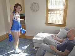 Cheerleader Harley Ann Wolf spreads..