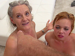 Mature slut Elisa A and Tricia Teen in..
