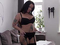 Tattooed big tits doll with nice ass..