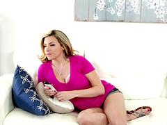 Stunning big tits cougar awarding big..